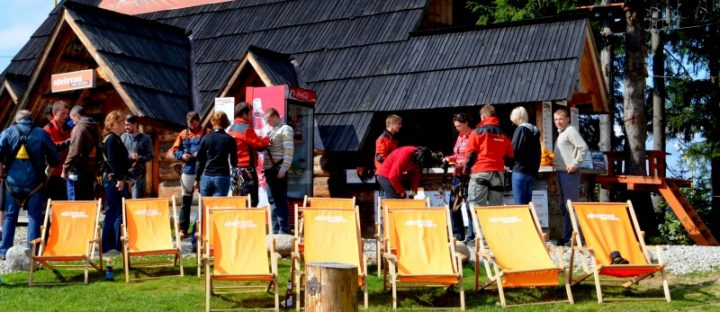 Uczestnicy imprezy integracyjnej w Zakopanem
